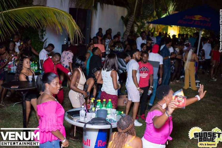 Tantalize Your Taste buds at Sunset Rave