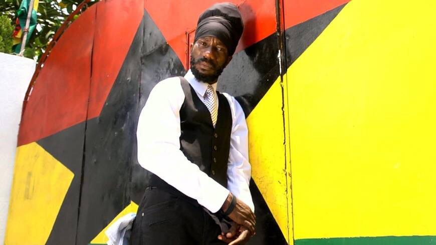 Sizzla Gets in The Mix With 'The Mixer'